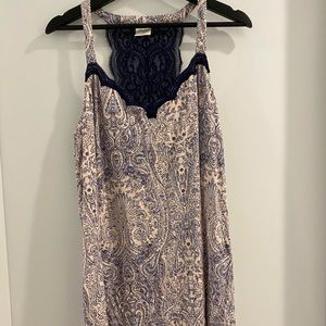 😁 floral lace night gown, knee length